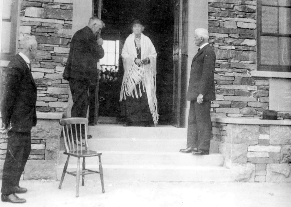 Lady Holt opens the Argles Memorial Hall, March 1931